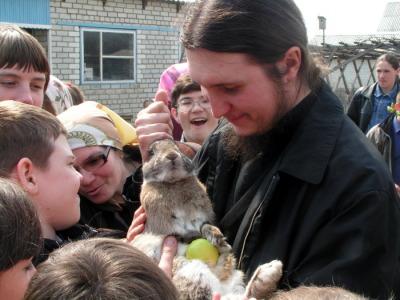 С учениками воскресной школы в Клещёвке