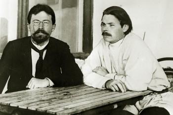 Антон Чехов и Максим Горький в Ялте. 1900 год.