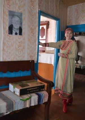 В доме Таисии Пестеревой, в комнате, где жил в начале ссылки Бродский