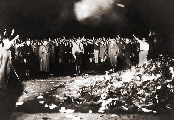 Сожжение книг нацистами в Берлине, 1933 год