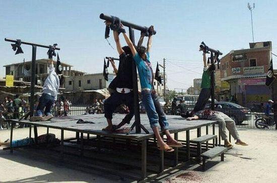 8 распятых и убитых христиан в Сирии