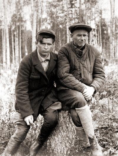 Лагерь. Уголовник Федя Зубов и писатель в арестантской робе