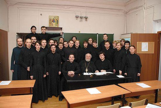 Со студентами Сретенской духовной семинарии