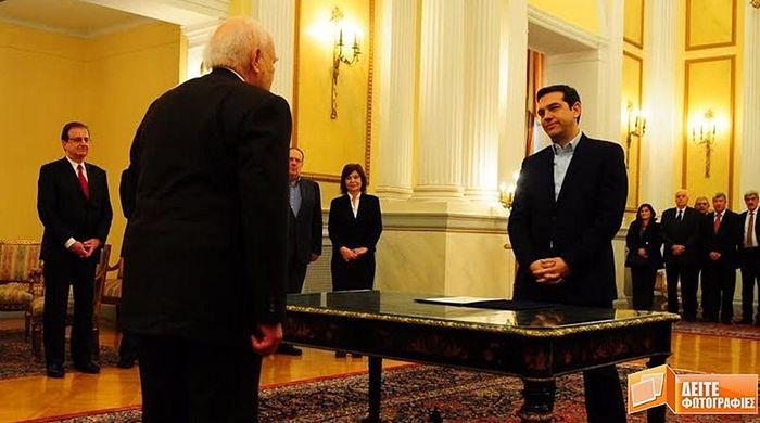 А. Ципрас стал первым премьер-министром в истории Греции, отказавшимся приносить присягу на Библии