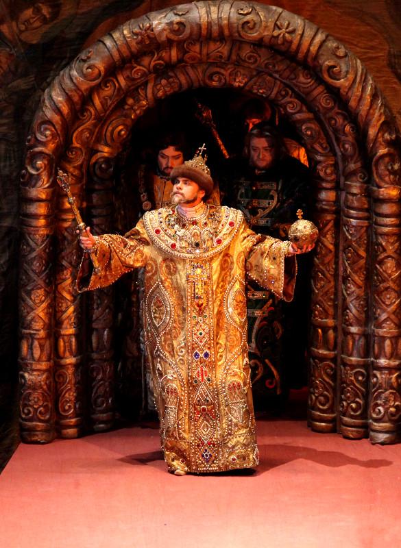 купить билеты в большой театр борис годунов сентябрь Москве