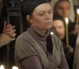 Юлия Сысоева на отпевании отца Даниила