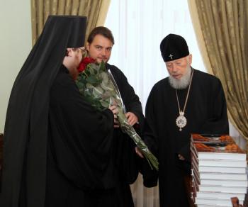 Предстоятель УПЦ вручил дипломы победителям
