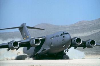 Американский транспортный самолет