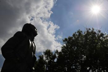 Памятник Иосифу Бродскому