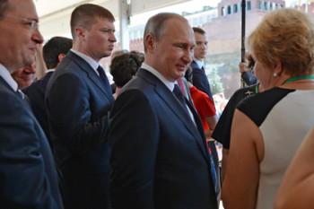 Владимир Путин на Московском фестивале «Книги России» на Красной площади
