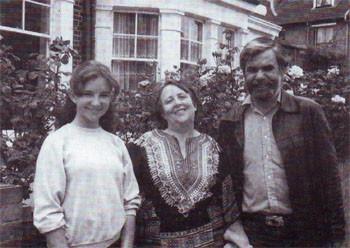 Фото из книги М. Николаева и В. Швейцер «Кто был ничем...»