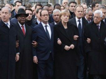 Постановочное шествие политиков