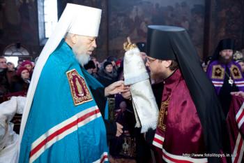 Вручение жезла Преосвященному Феодосию, епископу Броварскому