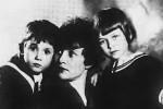 Зинаида Райх с детьми, Константином и Татьяной Есениными