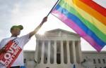В Италии легализовали однополые браки